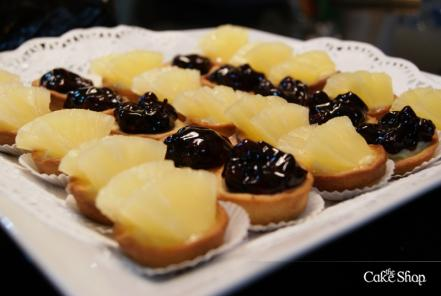 20 Mixed Tarts Plate (Pineapple & Blueberry