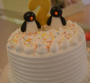 Penguins Cream Cake