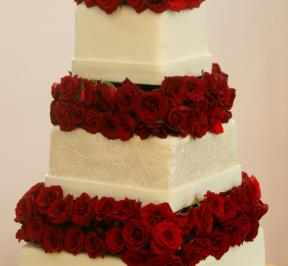 Red Rose 3-tier Wedding Cake