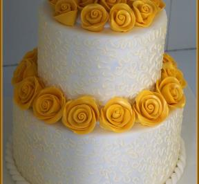 Wedding Cake Yellow Theme