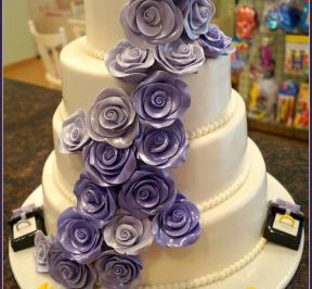 Wedding Cake Purple Theme