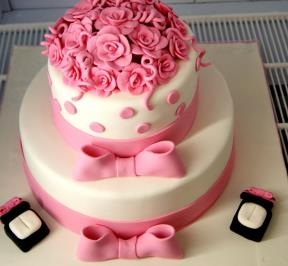 Pink Roses with Ring Holders Cake