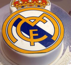 Real Madrid Logo Cake