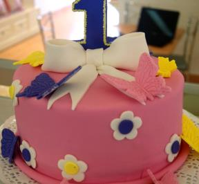 First Birthday Flowers Cake
