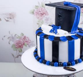 Cake Graduation Blue Black theme