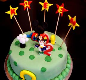 Mickey Mouse Cake ( 1 )