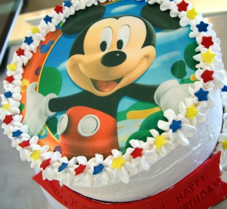 Mickey Mouse Cake ( 2 )