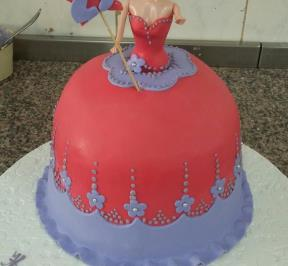 Barbie Dress Cake ( 6 )
