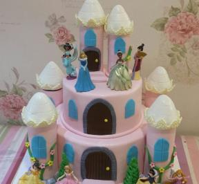 Princess Castle Cake ( 3 )