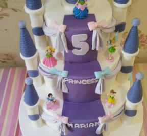 Princess Castle Cake ( 6 )
