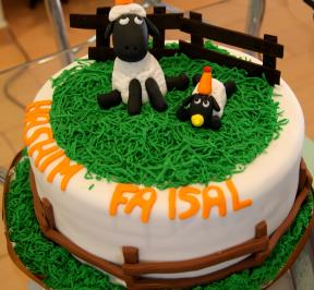 Shaun The Sheep Cake ( 2 )