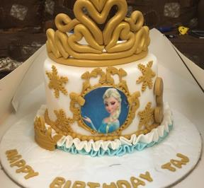 Frozen Themed Cake  ( 4 )