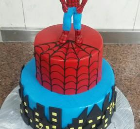 Spiderman Cake (2)