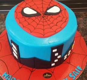 Spiderman Cake (3)