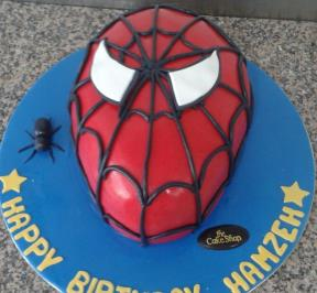Spiderman Cake (4)