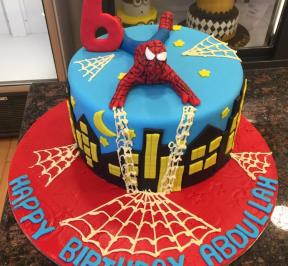 Spiderman Cake (5)