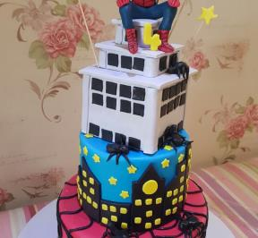 Spiderman Cake (8)
