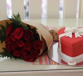 Valentine Cake and Flowers ( 1 )